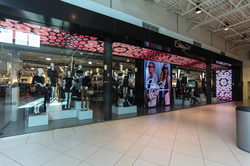 Welcome to The Mills at Jersey Gardens, New Jersey's largest outlet and value retail center with over stores all under one roof. The mall is a shopper's paradise anchored by top outlets including Saks Fifth Avenue Off 5th, Neiman Marcus Last Call, Century /5().